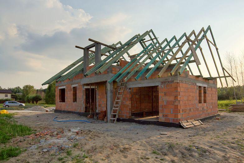 Rekord sprzedaży niezabudowanych działek. Boom napędzają rosnące ceny mieszkań