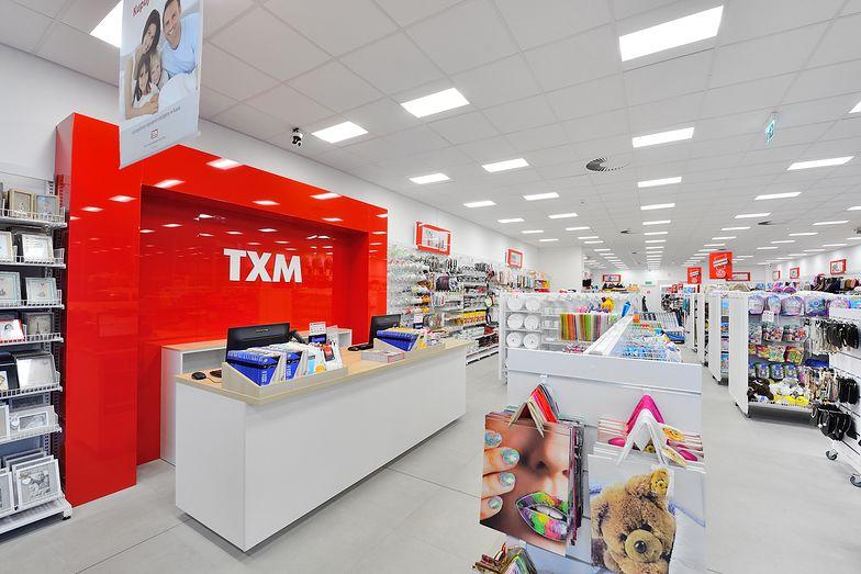 TXM otworzył wszystkie sklepy w galeriach, ale klientów jest dużo mniej