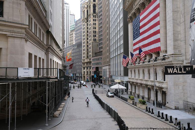 Amerykańska gospodarka przez koronawirusa będzie rozwijała się wolniej.