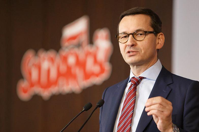 Morawiecki liczy na 'niski i krótkotrwały' spadek PKB w tym roku.