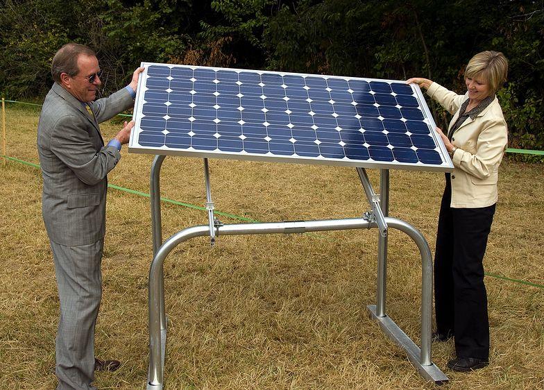 IEO: Moc instalacji PV w Polsce może sięgnąć 2,5 GW w 2020 r. i 7,8 GW w 2025 r.