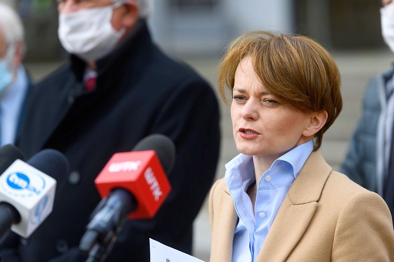 KE wyda zgodę na pomoc dla dużych firm - zapowiada Jadwiga Emilewicz.