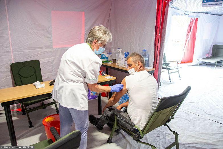 Restrykcje dla niezaszczepionych. Niemcy stawiają czoła czwartej fali