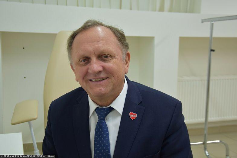 Dr Stanisław Mazur - król szczepionek z Podkarpacia. Jego ludzie zaszczepili jedną trzecią województwa