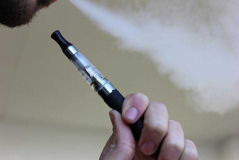 """""""Ta podwyżka to kara śmierci"""". Branża e-papierosów chce zniesienia akcyzy"""
