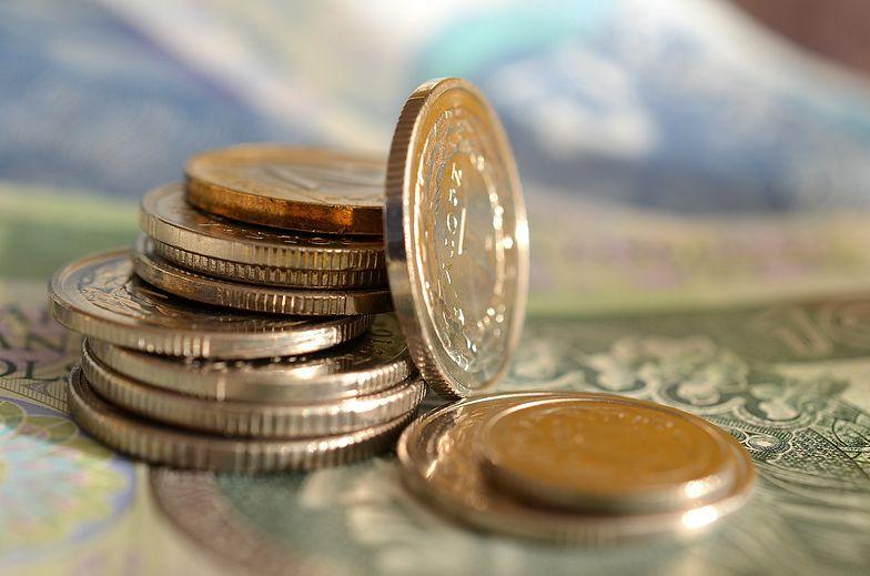 Oszczędności w banku? Bez sensu. Winne niskie stopy procentowe