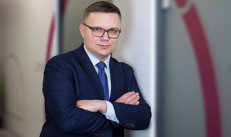 - Już zauważa się postępujący proces powstawania zatorów płatniczych - wskazuje doradca podatkowy Marek Niczyporuk.