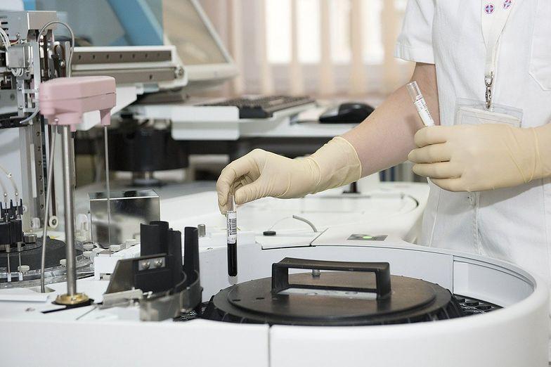 Biomed-Lublin: Prace nad lekiem przeciw COVID-19 idą zgodnie z planem
