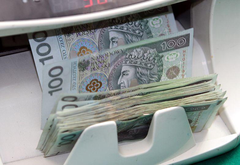 Jak oszczędzać pieniądze? Lista skutecznych nawyków