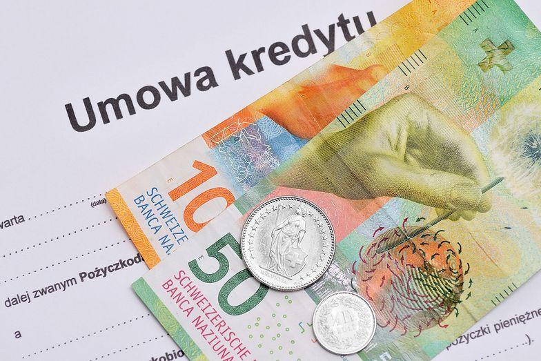 Kredyty we frankach. Zmiany obciążą też ubezpieczycieli. KNF podała kwotę