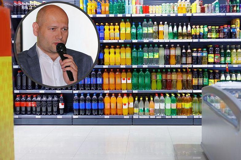 Podatek cukrowy namieszał w działalności firm. Producent Hoop Coli: Wchodzimy w agresywne promocje, by przetrwać