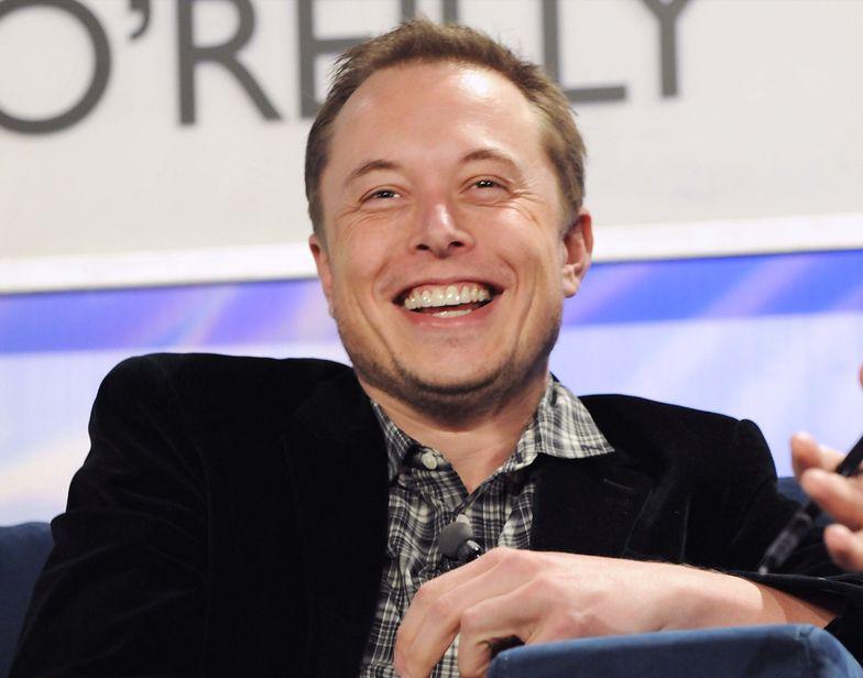 Bitcoin podnosił się po krachu. Na drodze stanął Elon Musk