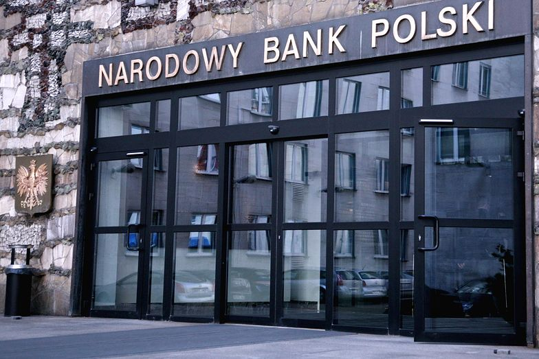 NBP skupił obligacje za 14,3 mld zł w operacji outright buy, popyt: 15,8 mld zł