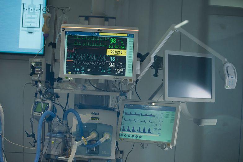Afera z respiratorami. Komornik zajął 6 mln euro na koncie handlarza bronią