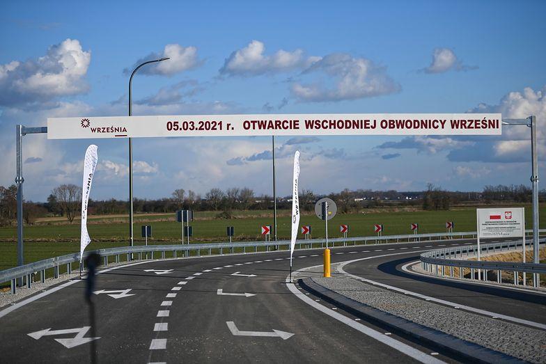 Budowa dróg. Kierowcy mogą już jeździć nową obwodnicą Wrześni
