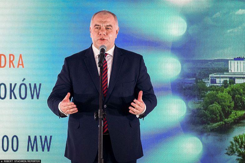 Jacek Sasin odsłania karty w kwestii rekompensat za ceny prądu.