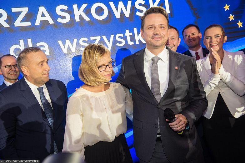 Rafał Trzaskowski ujawnił swoje oświadczenie majątkowe za 2019 rok. Swoje oraz swojej małżonki