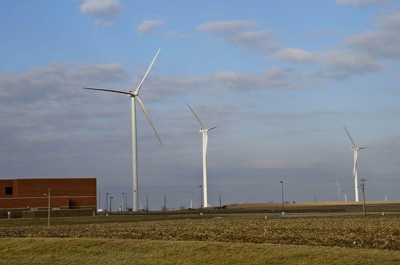 PGE: W Bełchatowie może powstać 100 MW farm wiatrowych, do 100 MW w PV
