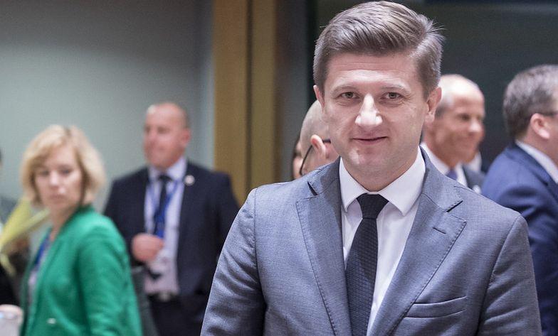 Pieniądze zostaną przeznaczone na sfinansowanie zaopatrzenia medycznego, budowę szpitali polowych i na leczenie pacjentów  – poinformował chorwacki wicepremier Zdravko Maric