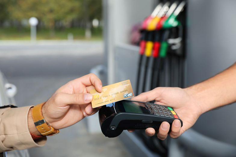 Benzyna po 6 zł za litr? To już raczej pewne