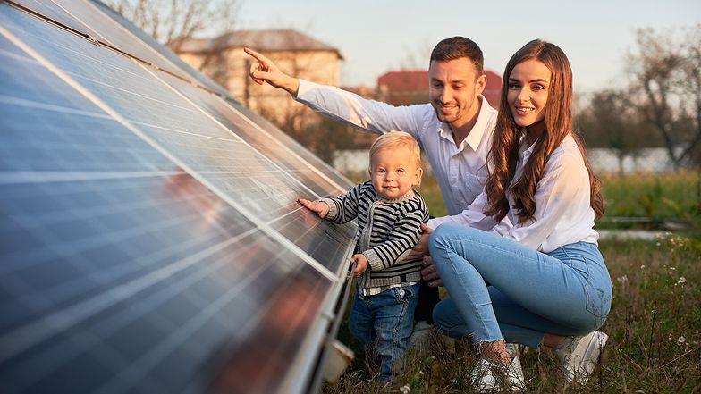 Fundusz ASI przejmie od R.Power farmy fotowoltaiczne o mocy 122 MWp