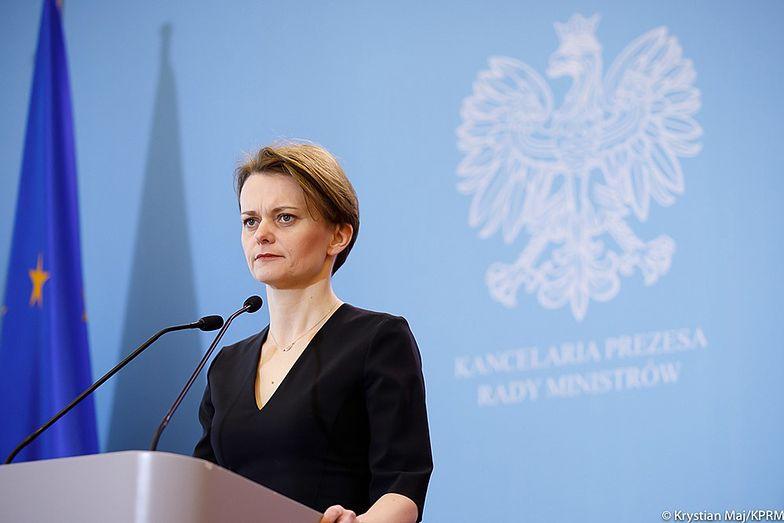 Bon 500+? Wicepremier Emilewicz precyzuje wypowiedź dla money.pl