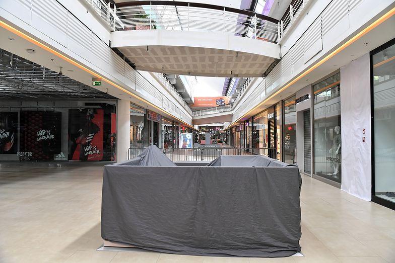 Galerie handlowe w wielu miejscach zamknęły się całkowicie