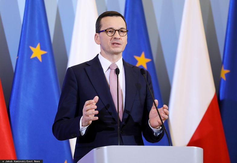Premier Mateusz Morawiecki ogłasza pakiet osłonowy dla firm na czas epidemii.