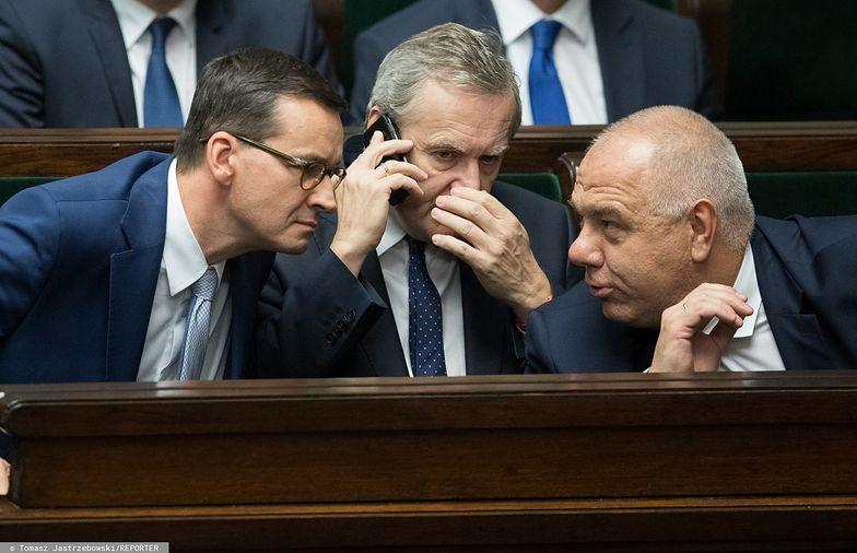 Jacek Sasin ma objąć nadzór nad zdecydowaną większością spółek państwowych