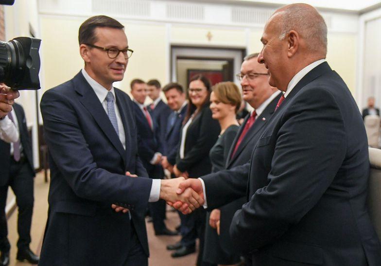 Mateusz Morawiecki i Tadeusz Kościński, autor pierwszego projektu zrównoważonego budżetu, który ma szansę na realizację
