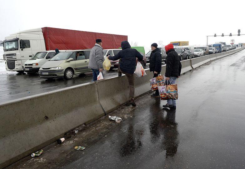 Kierowcy muszą dłużej czekać na granicy w związku ze zmianami strukturalnymi służb celnych i fiskalnych Ukrainy.
