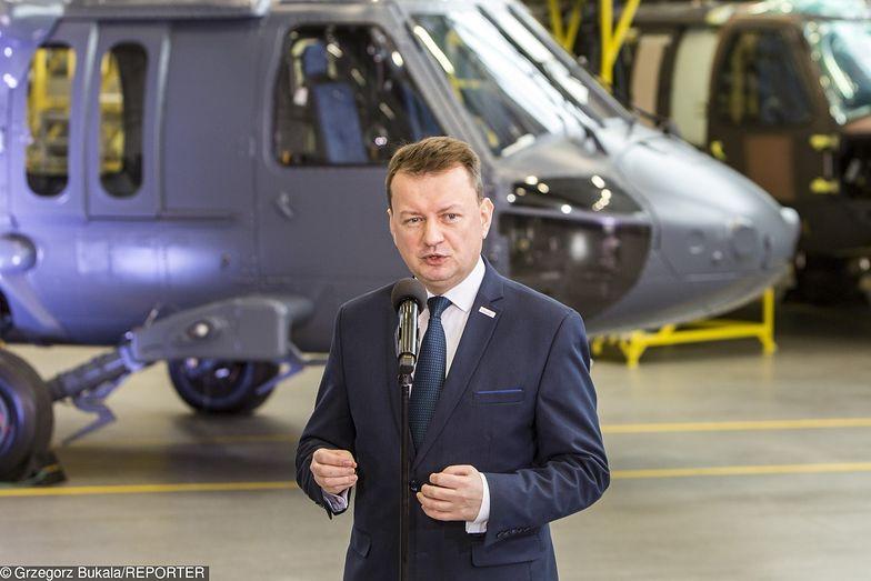 Mariusz Błaszczak zorganizował specjalna konferencję, by poinformować o zakupie zaledwie 4 śmigłowców.