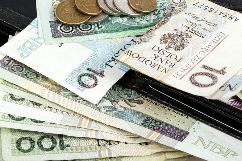 Emerytury 2019. Część emerytów dostanie więcej pieniędzy. W marcu waloryzacja emerytur i zwrot nadpłaconego podatku z ZUS-u