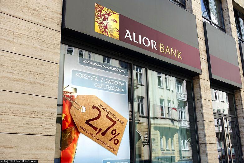 Alior Bank rezerwuje pieniądze na małe TSUE.