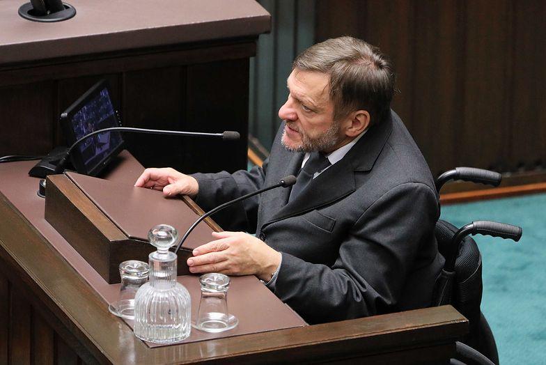 Poseł Piechota mocno skrytykował projekt posłów PiS
