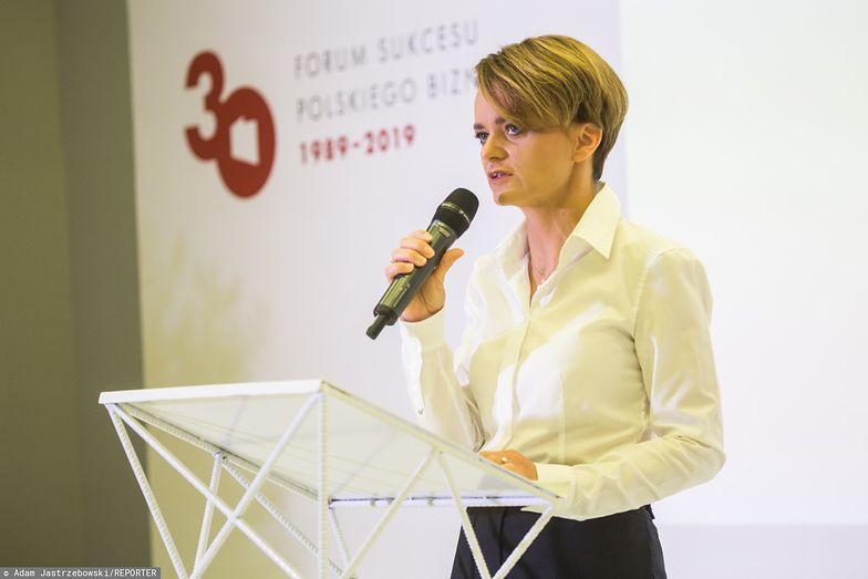 Jadwiga Emilewicz wycofała się z zapowiedzianego wcześniej nowego pomysłu na podatek od handlu.
