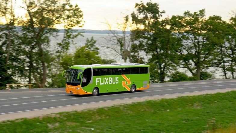 FlixBus i Grupa Transdev doszły do porozumienia ws. zakupu przez FlixBusa dwóch spółek: Eurolines oraz isilines.