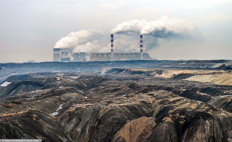 """Przedstawiciele """"S"""" szacują, że odejście od węgla to dla Polski koszt 600-700 mld euro."""