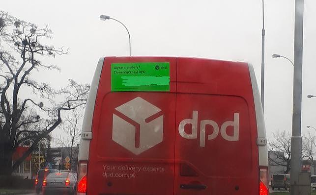 Samochody z ogłoszeniem w języku ukraińskim pojawiły się na wrocławskich ulicach. DPD szuka pracowników wśród obcokrajowców