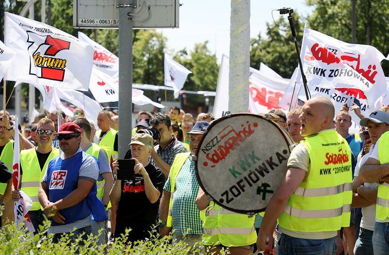 Akcja protestacyjna związkowców z JSW po odwołaniu Daniela Ozona