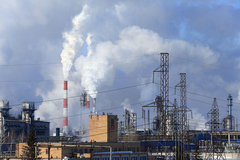 Prawa do emisji CO2 opłacają się fiskusowi bardziej niż zakładał.