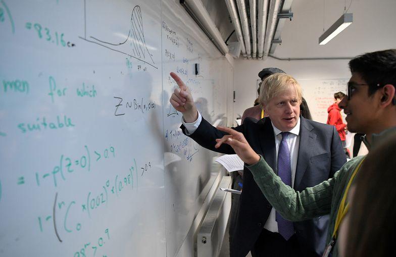 Rząd Borisa Johnsona nie chce w Wielkiej Brytanii obcokrajowców, którzy nie spełnią określonych warunków. Pracodawcy są innego zdania