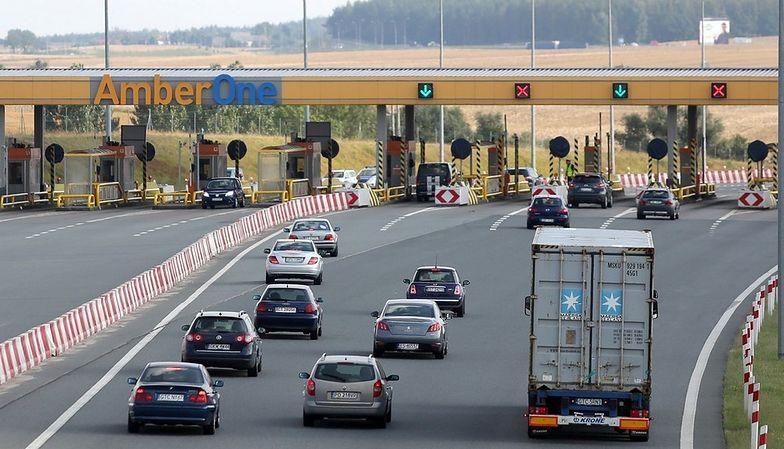 Autostrady. Wakacyjne korki na A1. Rząd podniesie bramki.