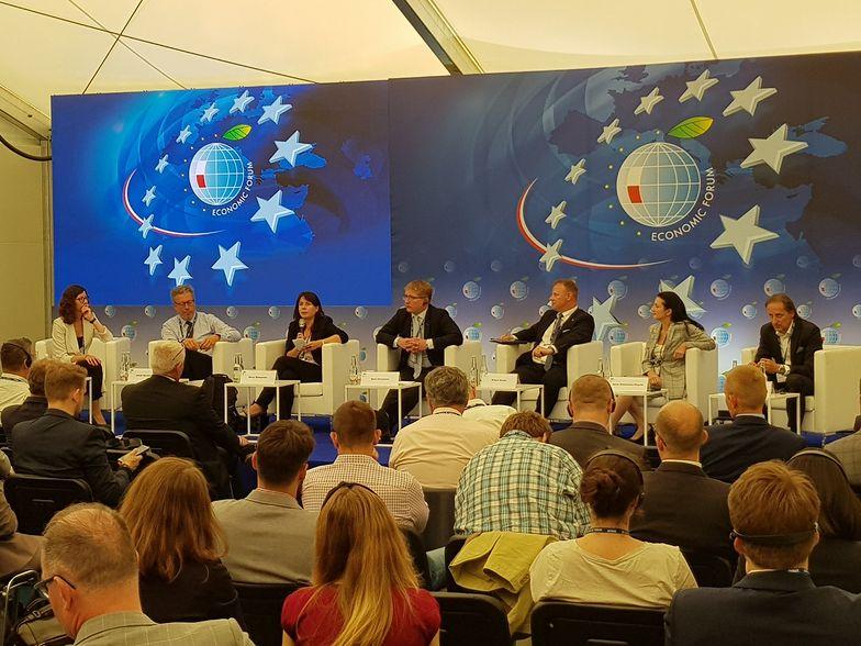 W panelu wzięli udział eksperci zarówno ze świata nauki, administracji i biznesu.