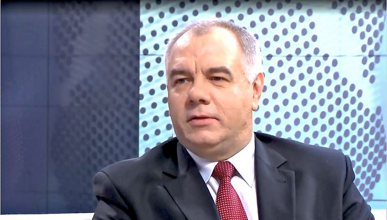 """Jacek Sasin przekonuje, że projekt ustawy ws. rekompensat jest gotowy """"w swojej zasadniczej części""""."""