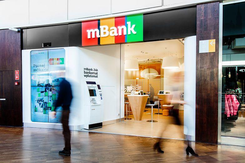 Bank wypowiada umowy za brak aktualizacji danych.