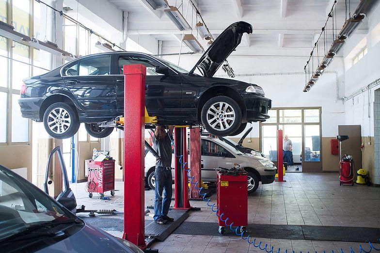 Nabywca wadliwego pojazdu może wystąpić z roszczeniami na podstawie rękojmi.