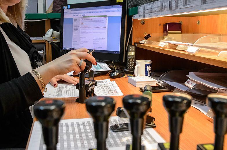 Urzędnicy weryfikują informacje zgłaszane w donosach
