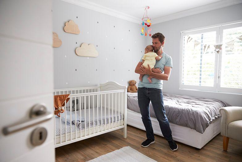 Urlop tacierzyński nie może być wykorzystywany w tym samym czasie, co urlop macierzyński