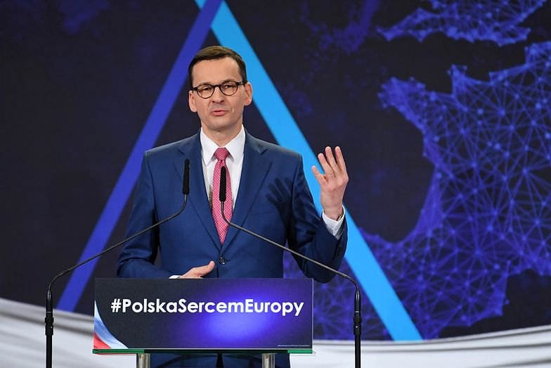 Mateusz Morawiecki i Jarosław Kaczyński w sobotę podczas konwencji PiS opowiedzieli się przeciwko wprowadzeniu euro w Polsce.